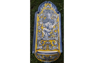 Pililla benditera grande decorada en renacimiento