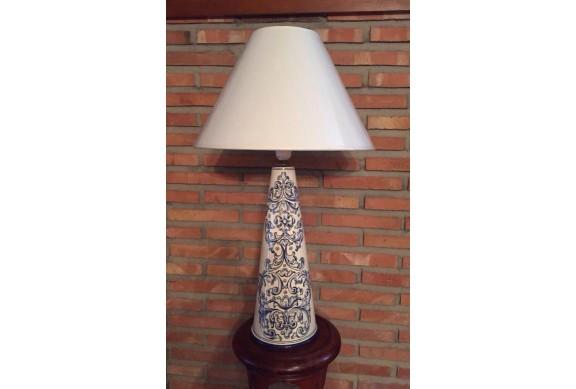 Lampara cono 40cm decorada en renacimiento azul